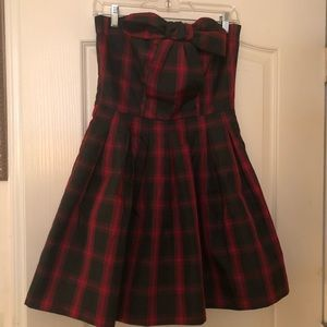 Hot Topic Retro Doll Dress